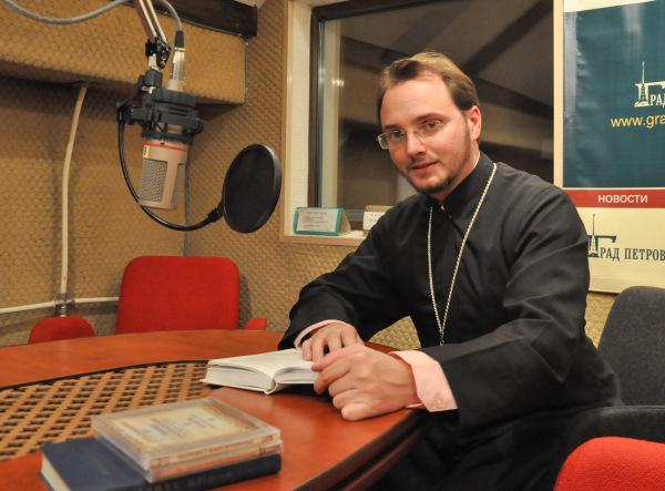 Иерей Максим Устименко