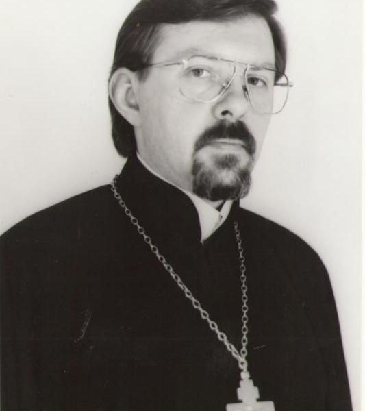 Священник Сергий Савченков